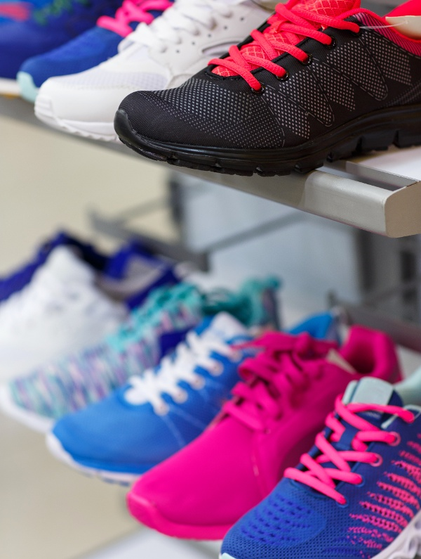 variety-of-the-colorful-sneakers-on-sale-PRU739C-2